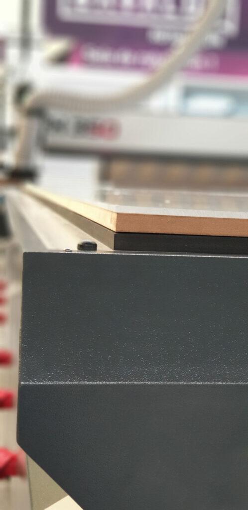 Nueva máquina de corte por control numérico
