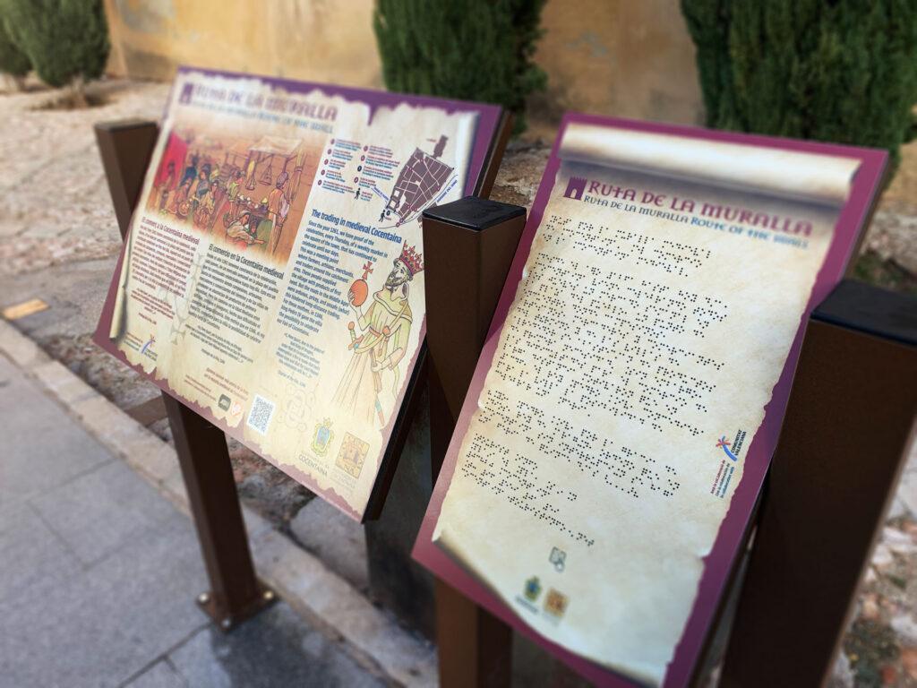 Panel Braille en la ruta de la muralla de Cocentaina